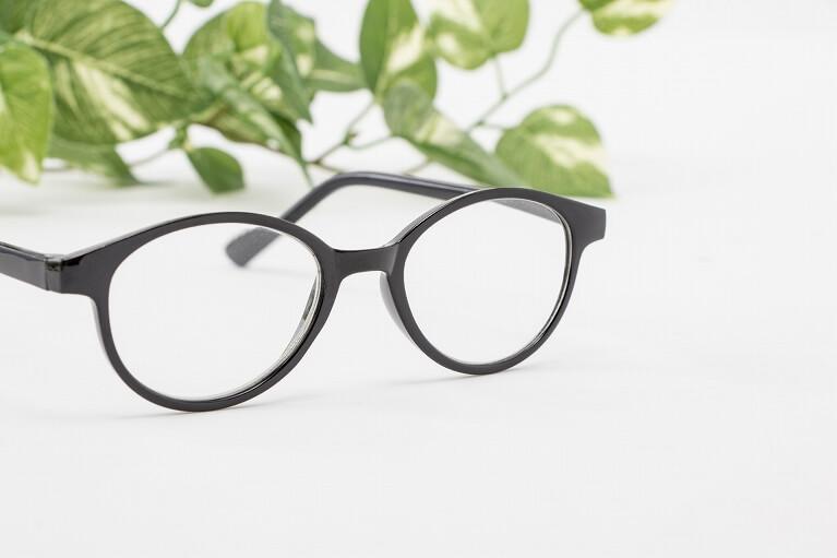 眼鏡やコンタクトレンズ